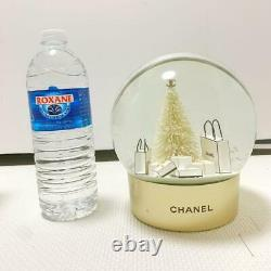 CHANEL SNOW GLOBE XL White Christmas Tree Gold AA batteries for store displays