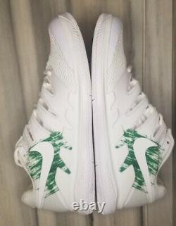 Nike Zoom Vapor X HC Tennis Shoes Men's Sizes 9.5 Store DisplayRead descriptio