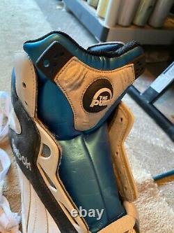 1993 Reebok Shaq Attaq The Pump Shoe Sneaker Store Display Basketball Taille 20