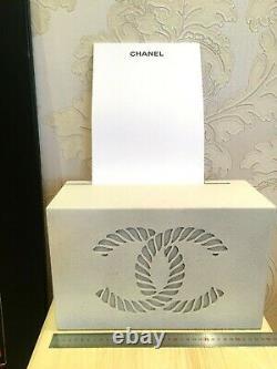 Chanel Store Display Boîte En Bois / Stand Pour Les Documents Ou Les Photos