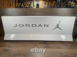 Nike Air Jordan Foot Locker Store Median Display Sign Blanc Argent Y2k 40x15