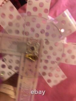 Victorias Secret Pink 2 Bows Avec Chiens Set 2017 Holiday Store Display Prop Rare