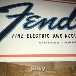 Vintage Des Années 1960 Fender Vitrine Magasin De Musique Guitar Bass Stand Display Sign Strat